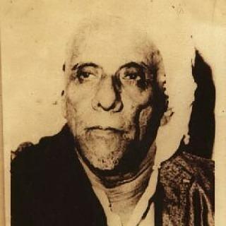 Habib Sholeh bin Muhsin al-Hamid (Habib Sholeh Tanggul)