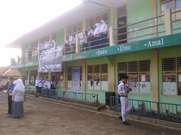 Pesantren Al-Inayah Bogor
