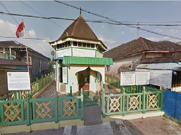 Wisata Religi dan Berdoa di Makam Syekh Jamaluddin Al-Banjari Banjarmasin