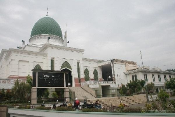 Pesantren Mahasiswa Al Hikam Depok