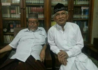 Biografi Prof. Dr. KH. Maghfur Usman