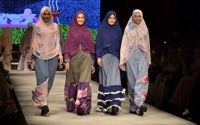 Apa Perbedaan dari Jilbab, Kerudung, dan Busana Muslim?