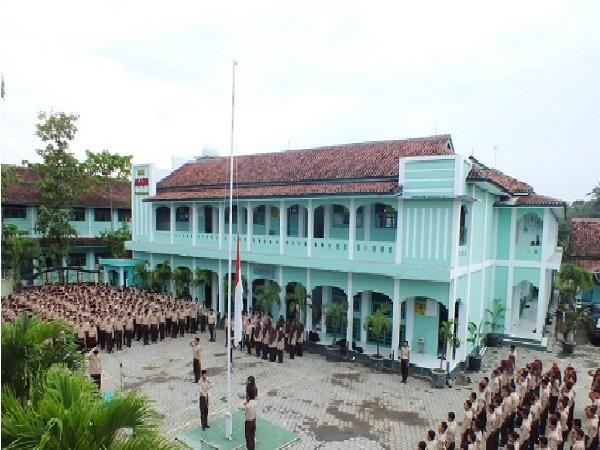 Profil SMK Ma'arif 2 Gombong