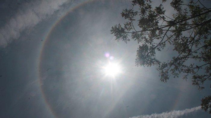 Jarak Matahari Dengan Bumi Pada Posisi Terjauh