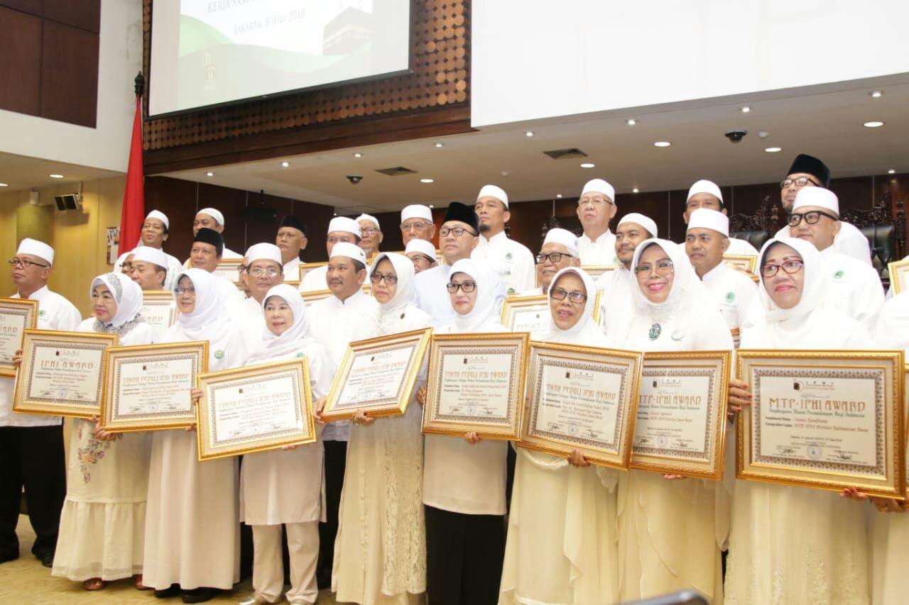 IPHI Anugerahi Award Ketua MPR RI