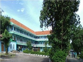 Pesantren Tarbiyatul Banin Cirebon