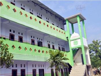 Pesantren Al Munawaroh Jombang