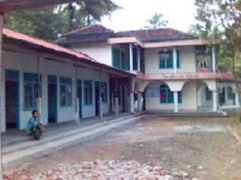 Pesantren Riyadlotul 'Uqul, Cilacap