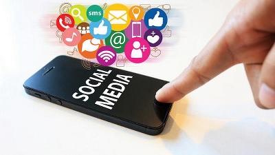 Awas, Pamer di Media Sosial Mempengaruhi Kesehatan Jiwa