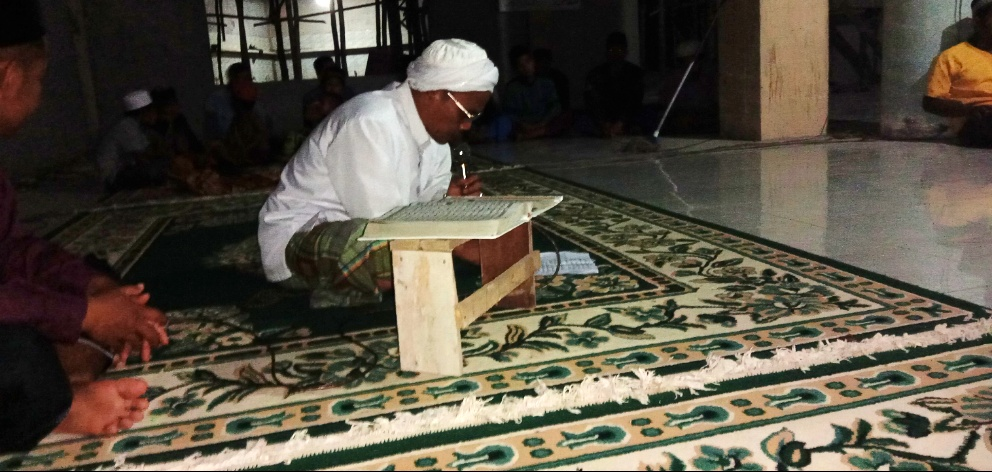 Masjid al Jinan Madu Sari Gelar Tradisi unik Malam Kesebelas Tiap Bulan Hijriah