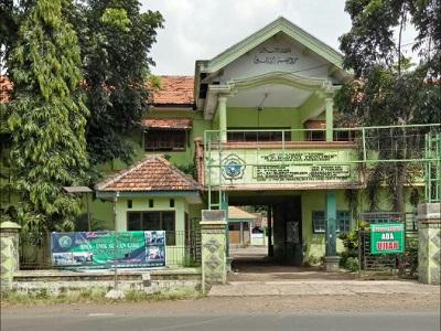 Pesantren Roudlotut Tholibin Kademangan Kota Probolinggo
