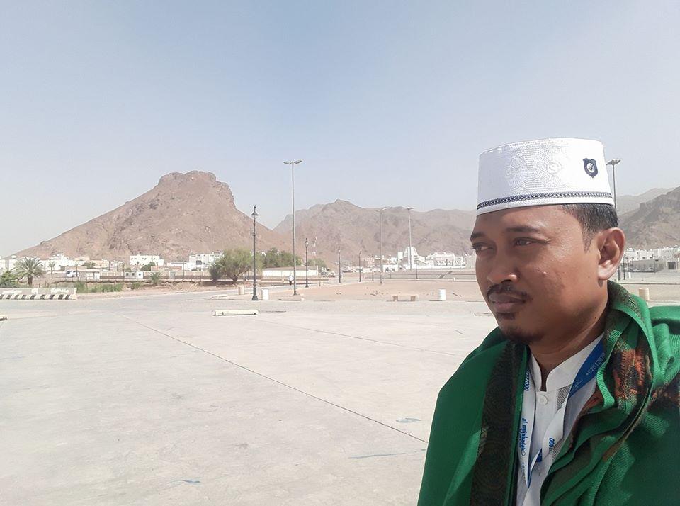 Ustadz Ma'ruf Khozin : Shalat di Masjidil Haram Kapan Saja