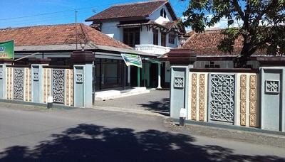 Pesantren Manba'ul Hikmah Kabupaten Kendal