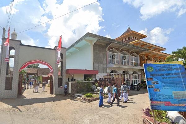 Pesantren Minhajut Thullab Glenmore Banyuwangi