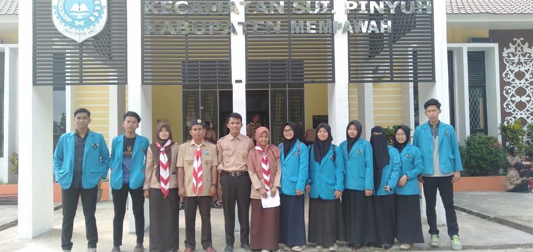 Mahasiswa KKL Integratif IAIN Pontianak Ikut Serta Upacara HUT Pramuka ke-58