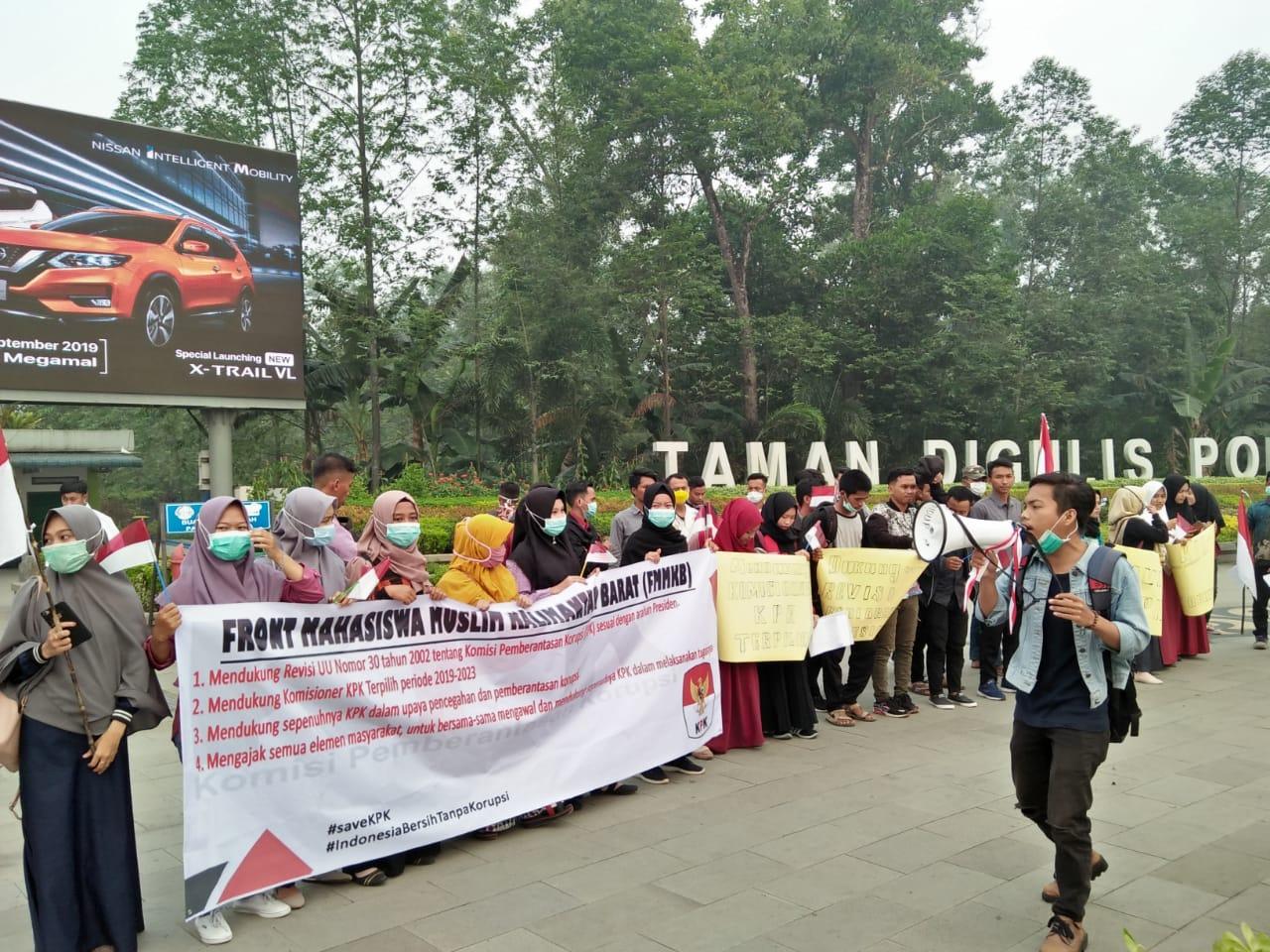 FMM Kalbar Gelar Aksi Dukungan Atas Revisi RUU KPK Demi Penguatan Kelembagaan