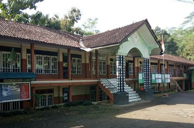 SMK Miftahussholihin Banjarnegara