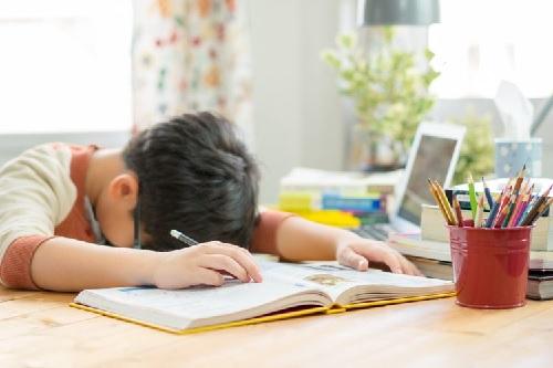 4 Kegiatan Anak agar tidak Bosan di Rumah saat Pandemi COVID-19