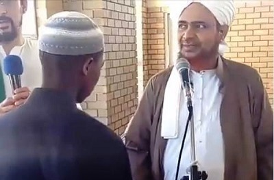 Kisah Orang Afrika Masuk Islam karena Memandang Habib Umar bin Hafidz