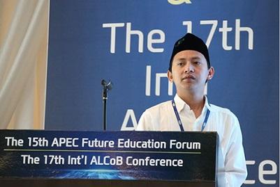 Wakili Indonesia di Forum APEC, Guru Al-Tsaqafah ini Bicara Kesetaraan
