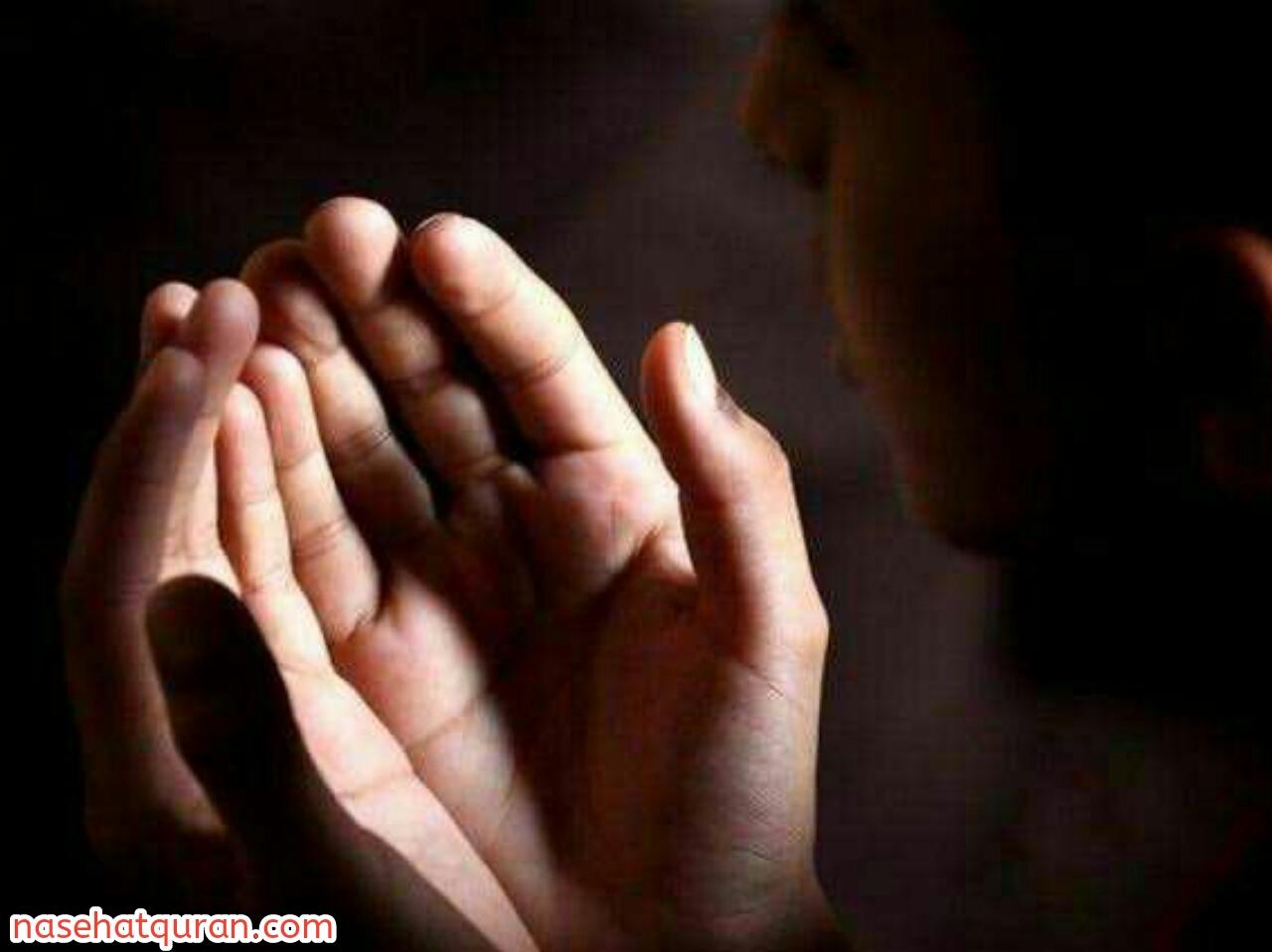 Menggugat Tuhan Melalui Doa