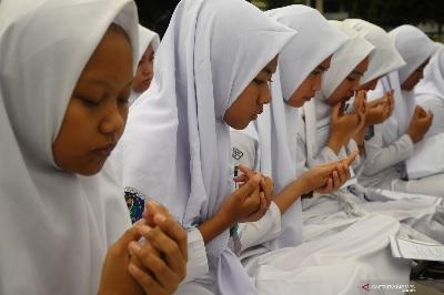 Doa Belajar dari KH. Ali Ma'sum Lasem