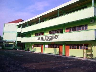 Institut Agama Islam (IAI) Al-Khoziny Sidoarjo