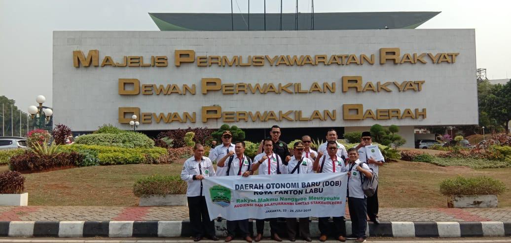 Tim CDOB Kota Panton Daftarkan Wilayah Baru ke Mendagri
