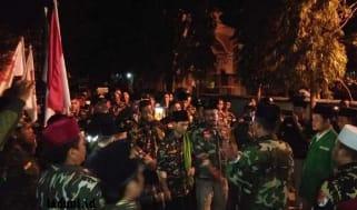 Banser ini Berjalan Kaki dari Banten Hingga Pekalongan untuk Bertemu Habib Luthfi
