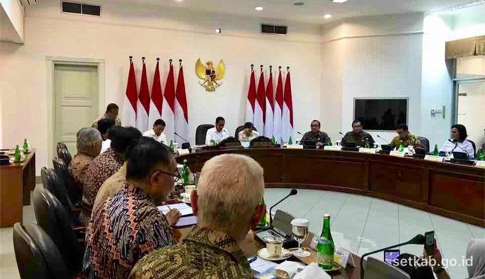 Presiden Jokowi Putuskan 1 Oktober Persiapan B 30