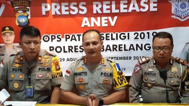 Operasi Patuh Seligi Polresta Barelang Berhasil Menindak 2.977 Pengendara Motor dan Mobil