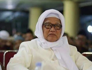 Pesan-Pesan Mutiara dari KH Anwar Mansur Lirboyo