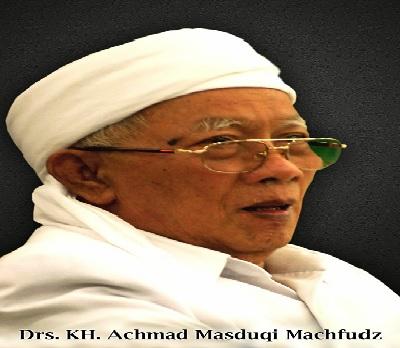 Biografi KH Achmad Masduqi Machfudz