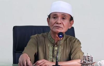 Biografi Prof Dr KH. Abdul Syakur Yasin MA