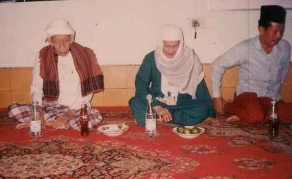 Kisah KH. Adlan Aly, Ketika Baca Fathul Qorib Bab Istisqa' Selalu Turun Hujan
