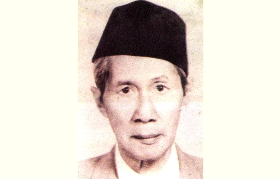 Biografi KH. Abdul Djalil Hamid Tayu