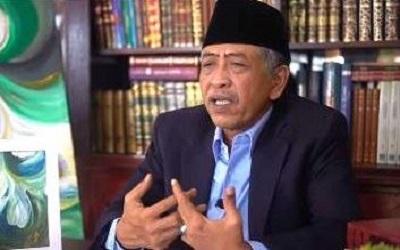 K.H.M Luqman Hakim: Mengenal Hakikat dan Makrifat Doa