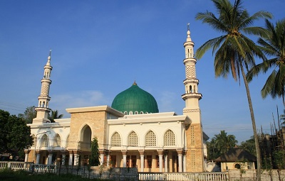 Lintas Ziarah dan Bertawassul di Makam KH. Syarqawi Sumenep
