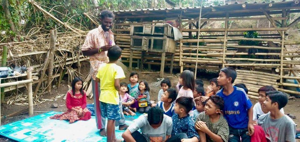 Peduli Anak, Pria Belgia ini bangun Lombok Children Protectin