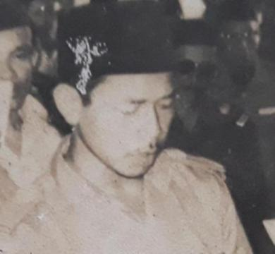 Biografi KH. Asmoeni Iskandar