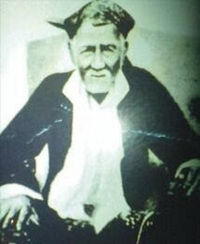 Biografi KH. Hasan Besari