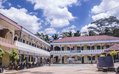 Madrasah Aliyah Pesantren Pembangunan Cilacap