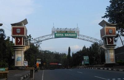 Wisata Ziarah dan Bertawassul di Makam KH Abdurrohim Citangkolo
