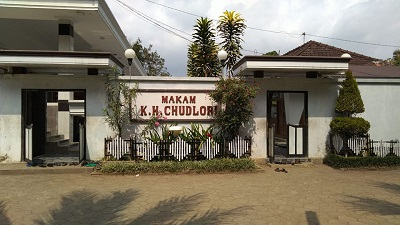 Wisata dan Ngalap Berkah di Makam KH Chudlori Magelang