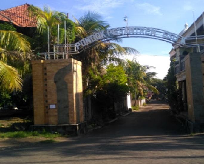 Safari Ziarah dan Bertawassul di Makam KH Muhammad Subadar Pasuruan