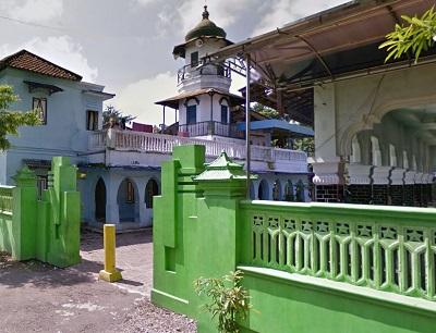 Wisata Ziarah dan Bertawassul di Makam KH Zainuddin Mojosari