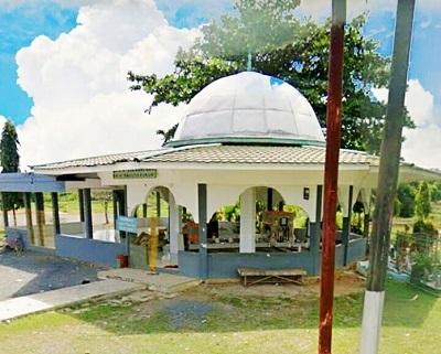 Wisata Ziarah dan Berdo'a di Makam KH. Abdus Syukur Banjarmasin