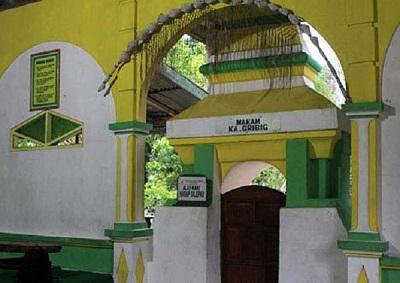 Wisata dan Ziarah di Makam Ki Ageng Gribig, Klaten