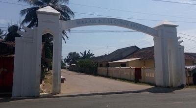 Wisata Ziarah dan Tawassul di Makam Syech Asnawi Pandeglang