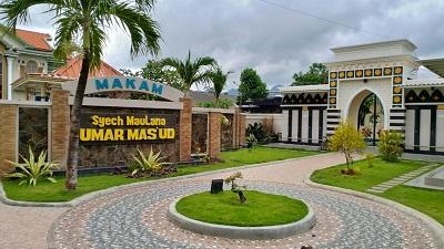 Wisata Religi dan Berdoa di Makam Syech Maulana Umar Mas'ud Bawean